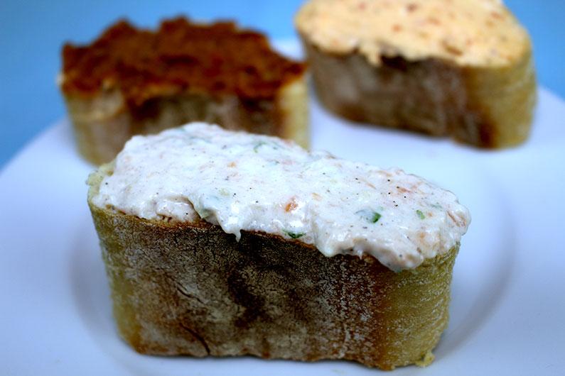 Lachs-Dip auf Brot